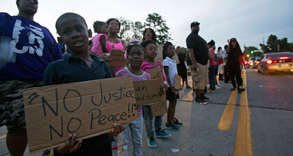 Ferguson: People unite to meet children's needs, from food to counseling (+video)