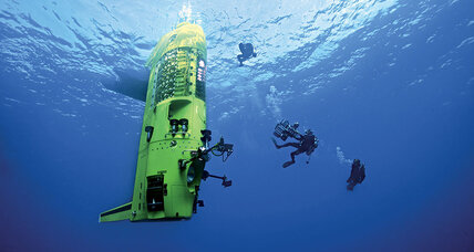 'Deepsea Challenge 3D' finds director James Cameron exploring the ocean floor