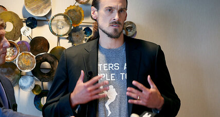 Chris Kluwe, Vikings reach settlement over punter's pro-LGBT remarks