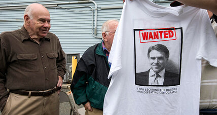 Rick Perry puts mug shot on T-shirts: what that says about 2016