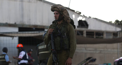 Syrian rebels take control of Golan Heights crossing with Israel