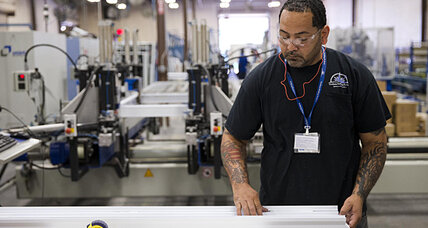 US economy grew 4.2 percent in Q2, but weaknesses remain (+video)