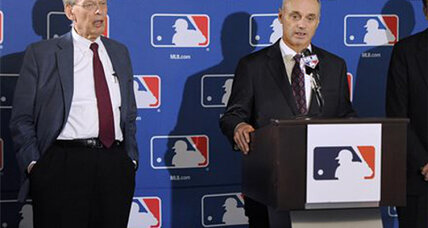 MLB commissioner elected: Rob Manfred beats Red Sox's Tom Werner