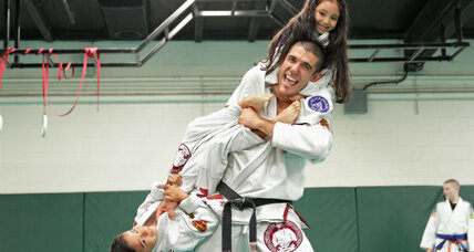 Bullyproof for school: A jiu-jitsu master mixes kale and stopping bullies