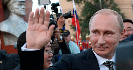 NATO summit: Pugnacious Putin provides new purpose for alliance (+video)