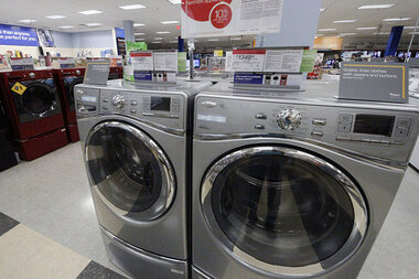 Money And Laundering How To Pick The Right Washer And Dryer Csmonitor Com