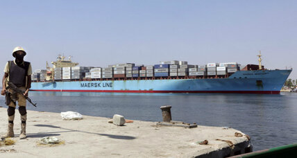 Suez Canal 2.0: Egyptians pour savings into president's ambitious project
