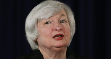 Fed sees no interest rate hike until 2015, but it's getting closer