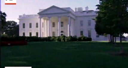 White House fence jumper had carful of weapons, prosecutor says