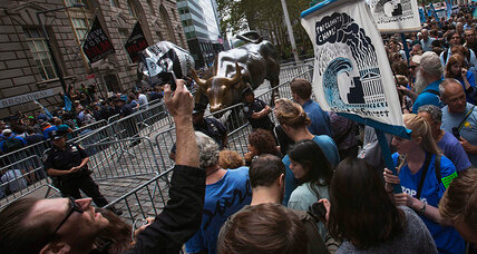 Boisterous Flood Wall Street protest: NYPD makes arrests but shows restraint