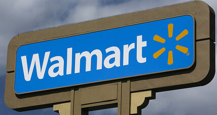 Wal-Mart pushes further into financial services with mobile checking