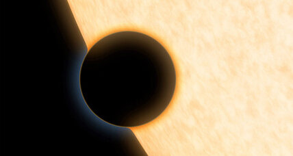 Astronomers detect water molecules on Neptune-sized exoplanet (+video)