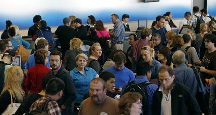 Flights begin to resume, after Chicago fire disrupts air travel across nation (+video)