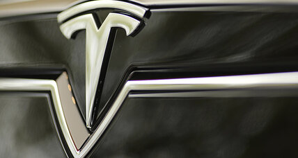 Iowa shakes fist, tells Tesla to get off its property