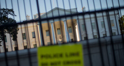 White House fence jumper may have gotten deep in building. Consequences? (+video)