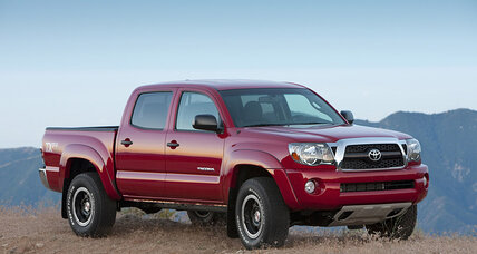 Toyota recall includes 690,000 Tacoma pickups from 2005-2011