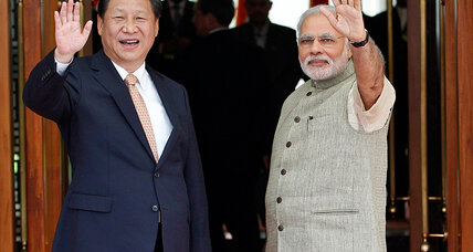 China's Xi arrives in India. Can Asia's giants put their differences aside? (+video)
