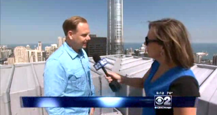 Wind can't stop Wallenda, tightrope walker heads to Chicago (+video)
