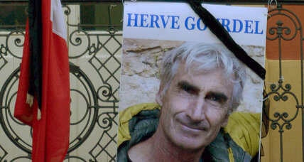 French hostage beheaded by Islamist militants in Algeria, according to video