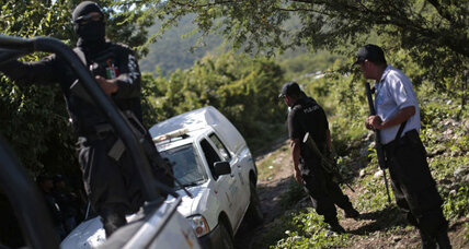 Mass grave found in Mexico raising fears it could hold bodies of missing students (+video)