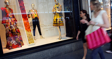 Saks Fifth Avenue ID theft ring bought over $400,000 designer goods (+video)