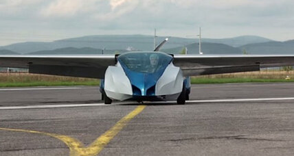 First flying car designed for the public debuts in October (+video)