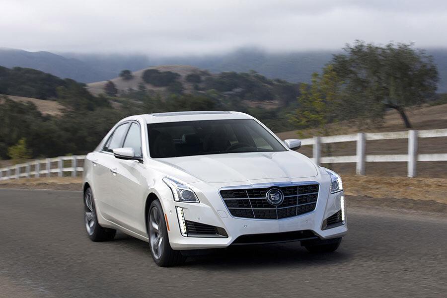 Hybrid Cars Cadillac To Unveil A Luxury Plug In Model Next Year