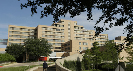 US rethinks Ebola response as second Dallas nurse is diagnosed
