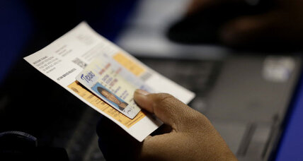 How is Texas voter ID law affecting poor, minorities? Center tracks impact (+video)