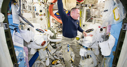 ISS spacewalk: Watch it live (+video)