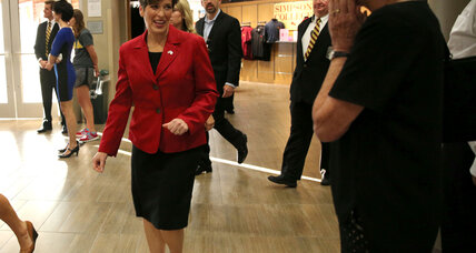 Joni Ernst faces big problem in Iowa Senate race: women voters (+video)