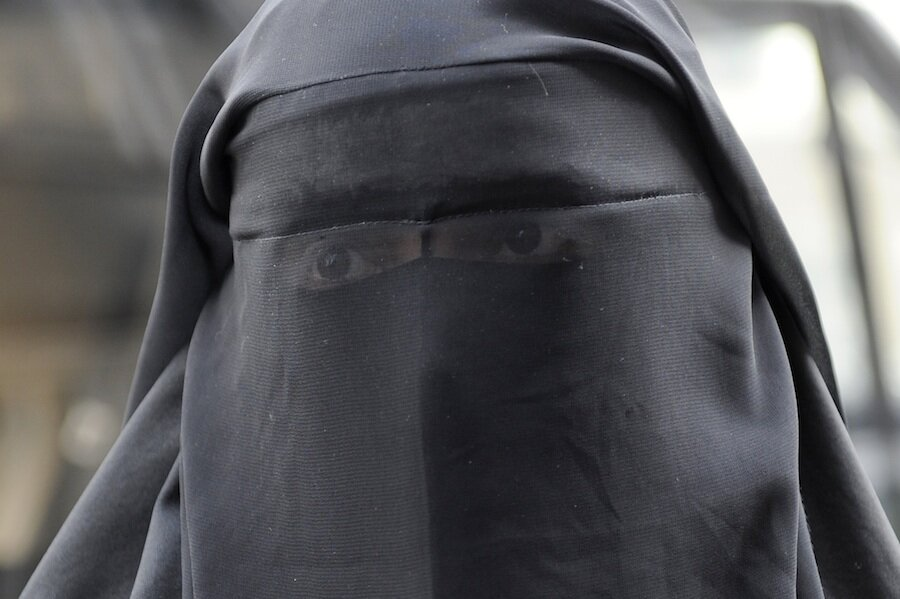 She Wore A Face Veil To A Paris Opera. They Asked Her To