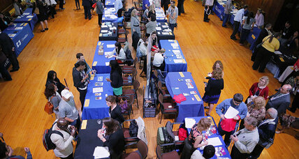 US jobless claims rise 17K, but still lowest since 2000