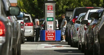 Crude oil prices fall again. Buckle up for gas prices below $3.