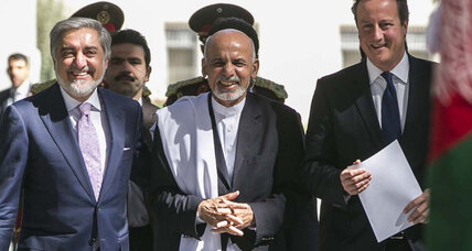 British PM Cameron pays surprise visit to new Afghan leader