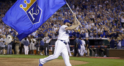 Royals rally to edge Athletics in 'wild' AL wildcard playoff