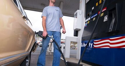 Gas prices drop below $3 a gallon. That hasn't happened in four years (+video)