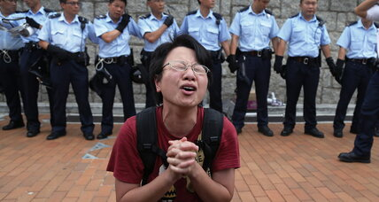 Hong Kong police to protesters: Government buildings are no-go zones