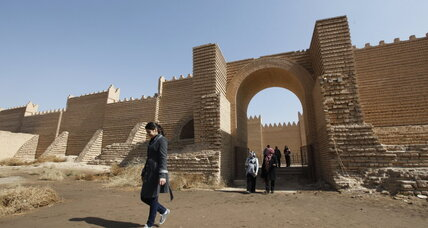 In Babylon, Iraqis shield ancient symbols of identity from Islamic State