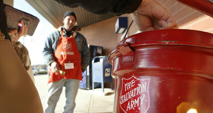 US poor and middle class give more to charity, but wealthy pull back