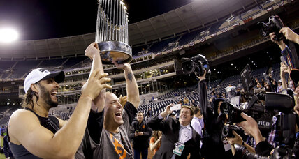 Giants, behind MVP Bumgarner, edge Royals for World Series title