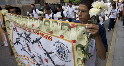 Mexican prosecutor: Missing students not in mass graves