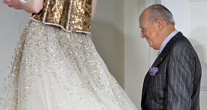 Why women wore Oscar de la Renta (+video)