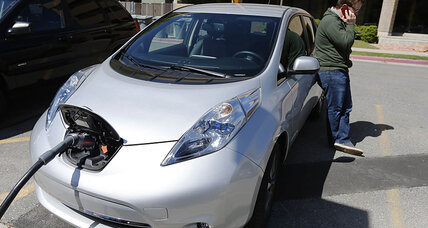 Auto sales: Nissan Leaf sets a new yearly record