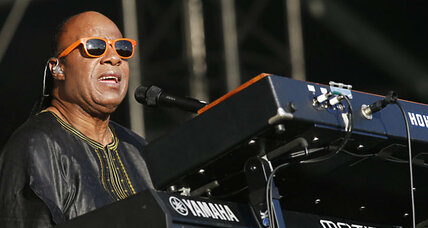 Stevie Wonder, Meryl Streep to receive Presidential Medal of Freedom