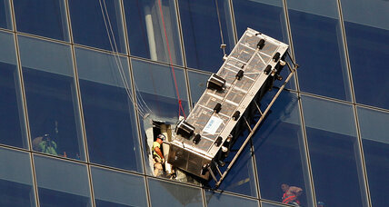 Two World Trade Center window washers rescued from dangling scaffold