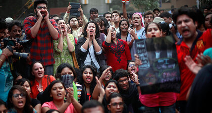 Defying Hindu moral police, Indian students hold 'kiss of love' protests