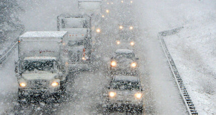 Heavy snow, sleet, rain muck up Thanksgiving travel: Where will it be worst? (+video)
