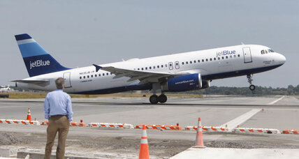 Highflying Apple Pay reaches 35,000 feet with JetBlue deal