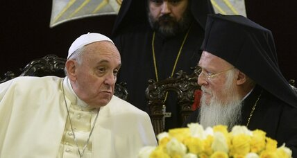 Pope Francis fails to find common ground in Turkey (+video)